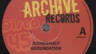 Groundation – Juggernaut / Fa'ward (Reggae Archive) UK 12» Groundation est un band reggae roots qui officiait à Leicester (Angleterre) entre 1977 et 1983. Rien à voir donc avec le […]