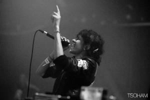 La MC survitaminée de Glasgow, Soom T, a mis le feu au Dub Club.