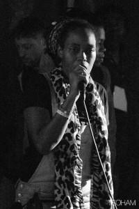 La chanteuse du Cap Vert, Nish Wadada, au micro!