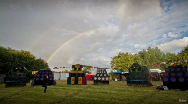 Stacks under rainbow in Dub Fest' #2!