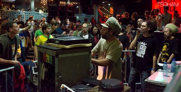 La nuit s'est achevée sur un dub fi dub particulièrement hot et BBJ a joué la last tune!
