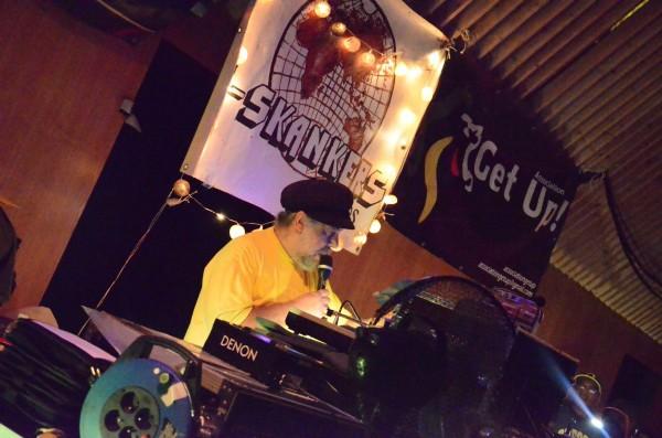 Le légendaire Gussi P, patron du label Sip A Cup se fait trop rare en live...