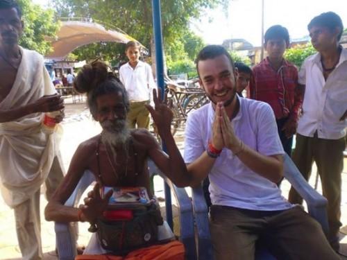 Jungle Weed (à droite) lors de son voyage en Inde l'an dernier.