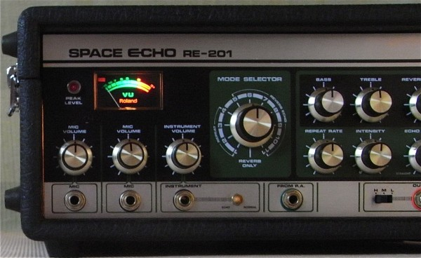 La mythique Space Echo de Roland!
