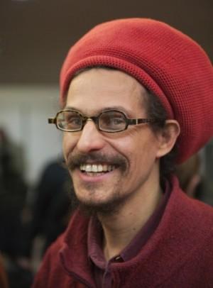 """Ras Abubakar dit """"Abu"""", une figure du reggae à Nantes et au-delà."""