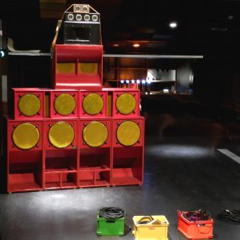 Un stack de la sono du Zion Gate Hi-Fi sound system!