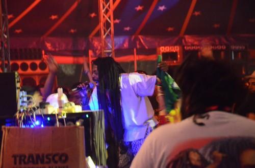 Gregory Fabulous, déchainé au micro pour les crew Jah Tubby's!
