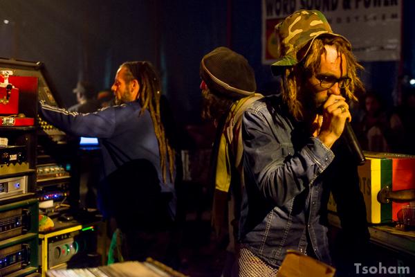 De gauche à droite, Stef Lion, Jah Tool et Ras Mykah pour Lion Roots.