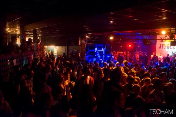 Beaucoup de monde encore au Trabendo et même peut-être un peu trop le samedi soir...