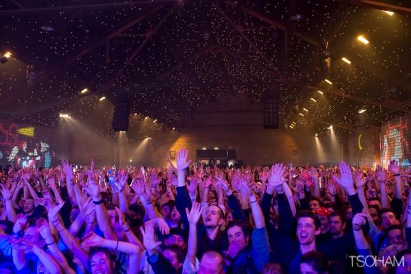 Délire total dans le Panda Dub hall à la fin du live du producteur lyonnais! Photo : Tom Tsoham.