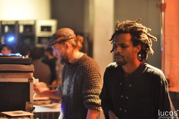 Le crew lyonnais a fait fortes impressions pour cette 12ème éditon. Junio Lion – operateur (gauche) & Ras Khalil – chanteur (droite)
