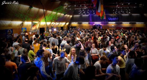 La salle festive Nantes-Erdre bien remplie.