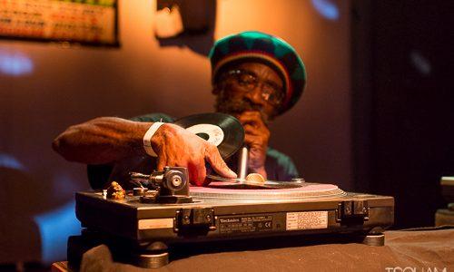 Samedi 21 mai, le crew parisien High Bass fêtait son dixième anniversaire d'activisme musical au Complexe 13'53. Invité de marque de la session, le selecta jamaïcain Jah Observer a proposé […]