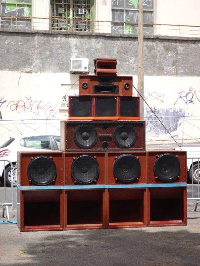 Un stack du Dub Addict sound system lors de la fête de la musique à Lyon, le 21 juin dernier.