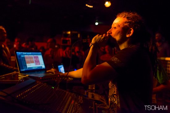 Le dubmaker Ackboo a proposé son live à partir de minuit.