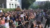 Contexte d'attentats oblige, la menace d'une annulation a plané longtemps sur le célèbre carnavalde Notting Hill 2017. Il n'en fut finalement rien et les rues de Londres d'accueillir fièrement défilés […]