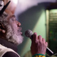 À l'occasion d'une soirée reggae hétéroclite, organisée par Drum Sound, le chanteur jamaïcain Johnny Clarke de 64 ans, se produisait fin avril sur une péniche en plein cœur de Paris… […]