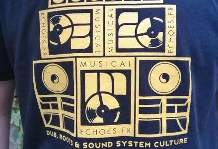 MERCHANDISING. Les tout nouveaux tee-shirts sont arrivés et seront expédiés partout en France. En les commandant, vous participez directement audéveloppement et àpérennisation de l'association«Musical Echoes», active depuis 2014 et site […]