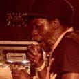 Attention session d'anthologie ! Vendredi 12 juillet dernier, le Londonien Aba Shanti était invité dans l'Outernational Arena, sur la nouvelle sono de Jah Militant. Un énième passaged'Aba dans ce festival […]